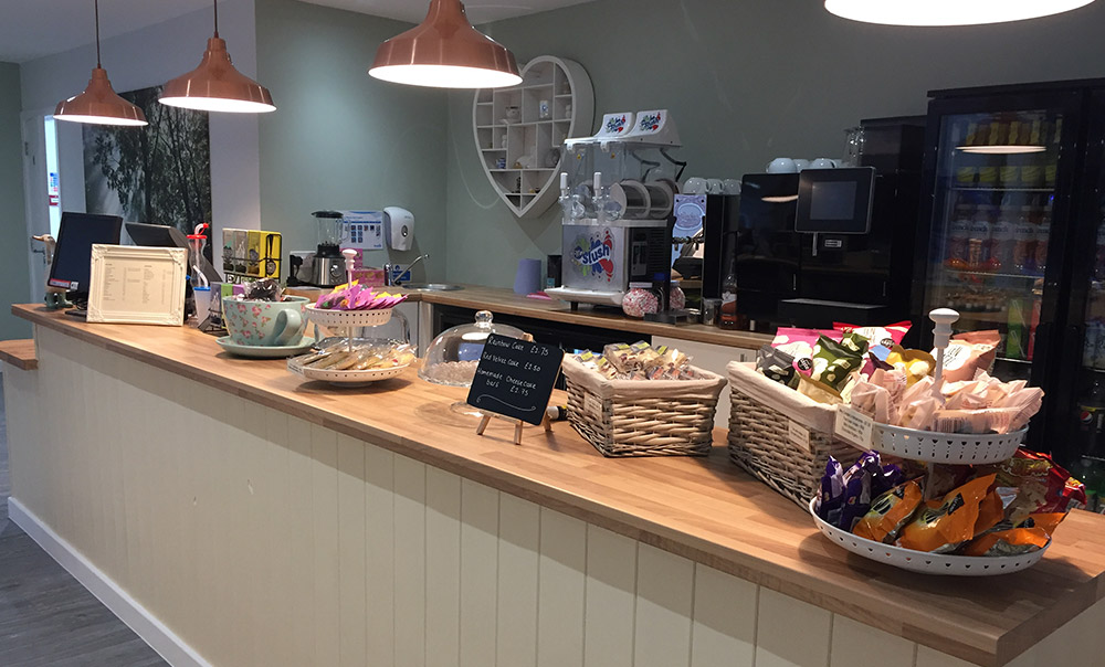 Adventure-Forest-Cafe-Counter
